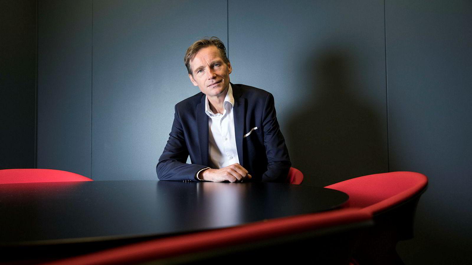 Investeringsdirektør Robert Næss i Nordea Markets har mest sansen for aksjer utenfor Norge.