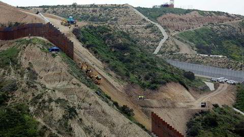 President Donald Trump får nå trolig bygget grensemuren mot Mexico som han lovet i valgkampen. Bare et stort flertall i kongressen kan stoppe ham.