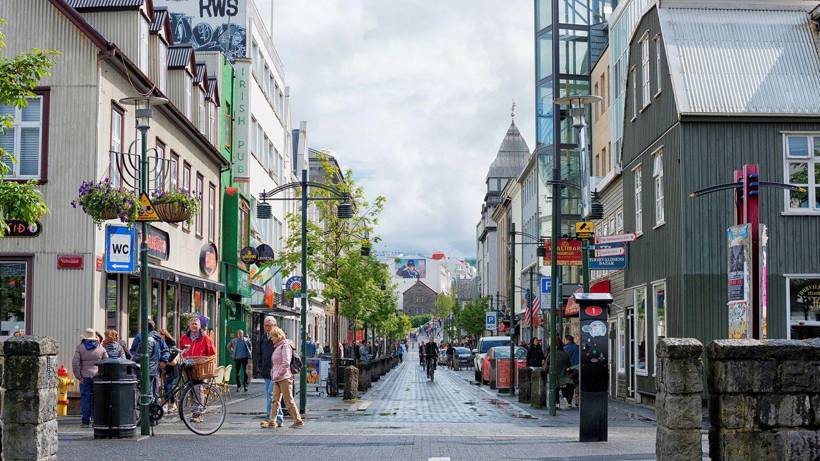 I Reykjavik, Island, er det en forståelse for at organisasjoner som skal ha en sunn utvikling, bør ha mulighet til å bytte ut folk før det er for sent.