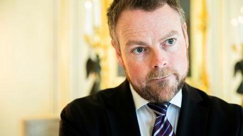 Næringsminister Torbjørn Røe Isaksen (H) kjente til Innovasjon Norges kampanje om at Sommarøy ville bli en tidsfri sone.