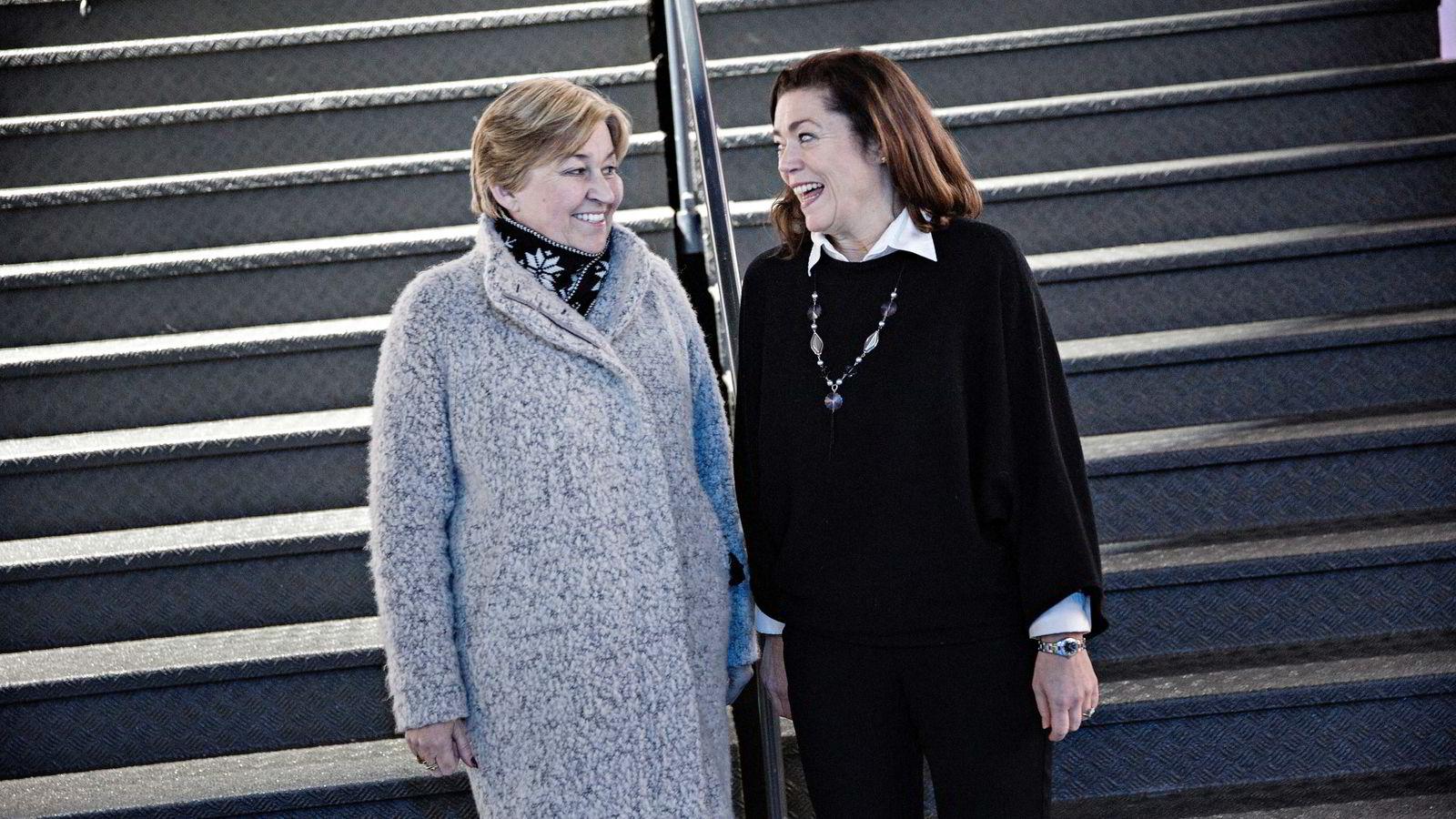 - Det er ikke oss mot dem. Det er vi mot utfordringene, sier NHO-sjef Kristin Skogen Lund (til høyre), og lanserer «bærekraftsalternativet» sammen med LO-leder Gerd Kristiansen. Foto: Aleksander Nordahl