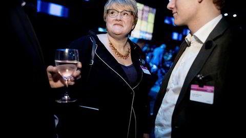 Sondre Hansmark i Unge Venstre sammen med Venstreleder Trine Skei Grande under NHOs årskonferanse tidligere i år.