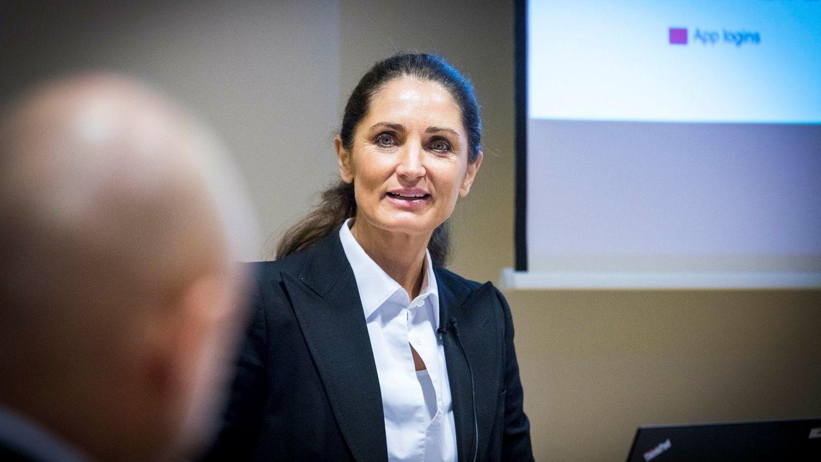 Administrerende direktør Tine Wollebekk i Bank Norwegian. En av selskapets største aksjonærer har ønsket å få til en dobbeltnotering av forbrukslånsbanken, men dette er nå nedstemt.