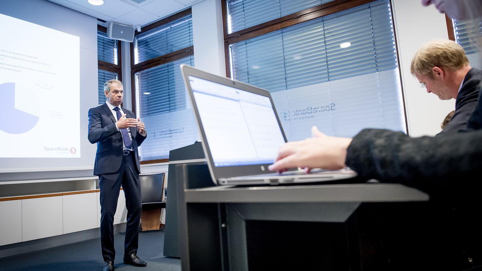 Arne Austreid, konsernsjef i Sparebank 1 SR-Bank under resultatfremleggelse for SR-Bank onsdag. Foto: Gorm K. Gaar