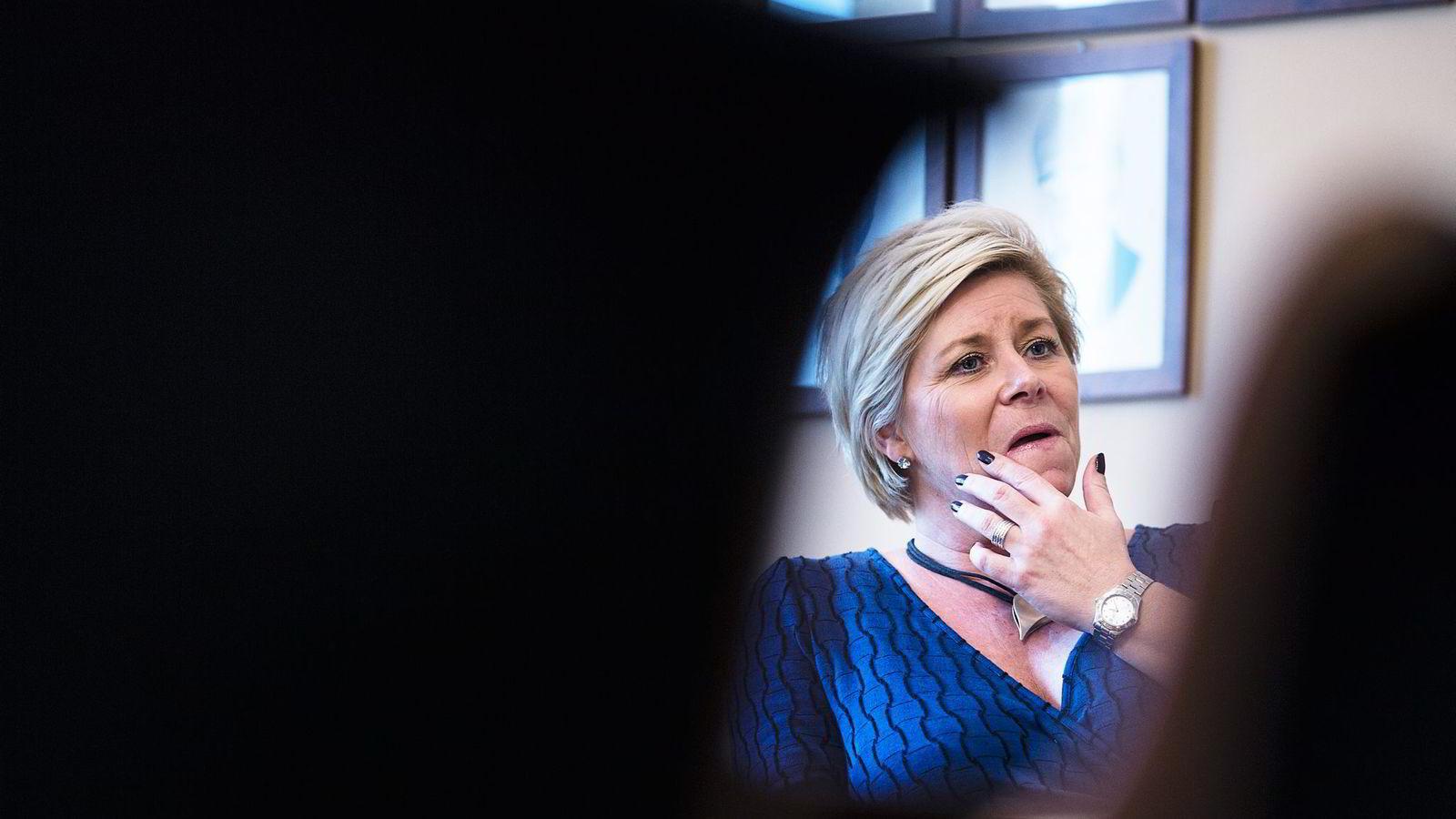 Siv Jensen og Frp er nede på ti prosent på DNs partibarometer. Foto: