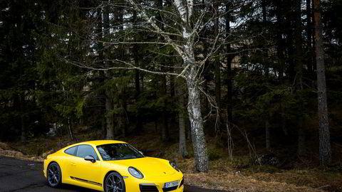 Importøren av Porsche i Norge lånte ut blant annet denne Porsche 911 Carrera T til «Exit»-produksjonen.