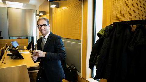 Rasmus Dannevig Woxholt er bonde Ola Smørbøls advokat. I april sa han at både han og bonden skulle sette seg ned og lese dommen. I august leverte de en anke.