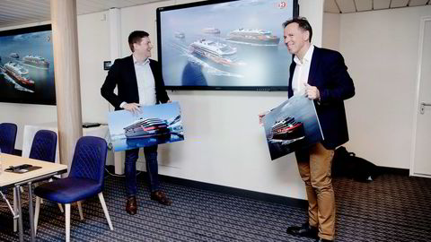 – Vi er godt fornøyd med å bli valgt, sier Kleven-sjefen Ståle Rasmussen (til høyre). De to Kleven-verftene på søre Sunnmøre vil sitte med bestillinger på 22 fartøyer for 16 milliarder kroner hvis Hurtigrutens konsernsjef Daniel Skjeldam benytter seg av opsjonene og tar fire skip. Foto: Paul S. Amundsen