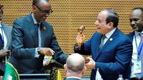 Egypt og president Abdel Fattah al-Sisi tok i helgen over lederskapet i Den afrikanske union etter Rwandas president Paul Kagame (til venstre). Én av Sisis utfordringer blir å forene medlemslandene om den nye frihandelsavtalen.