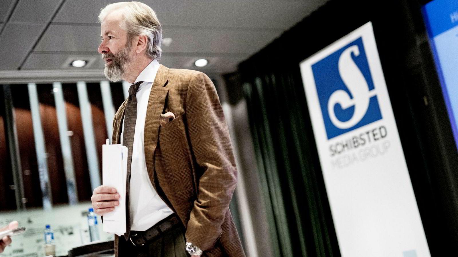 Ole Jacob Sunde er styreleder i Schibsted. Her fra presentasjonen av det økonomiske resultatet for fjerde kvartal i fjor.