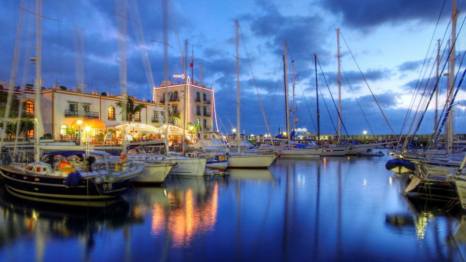 DNB-kunden feiret julen 2017 på Gran Canaria hvor kortet hans ble belastet med 51.000 kroner.