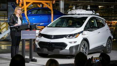 I juni i år presenterte GM-sjef Mary Barra 130 selvkjørende elektriske testbiler av modellen Chevrolet Bolt. Nå åpner GM-sjefen for at giganten returnerer til Europa.