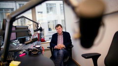 Svein Larsen i Radio Metro har vært blant de skarpeste kritikerne av omleggingen til dab og slukking av fm-sendingene på radio.