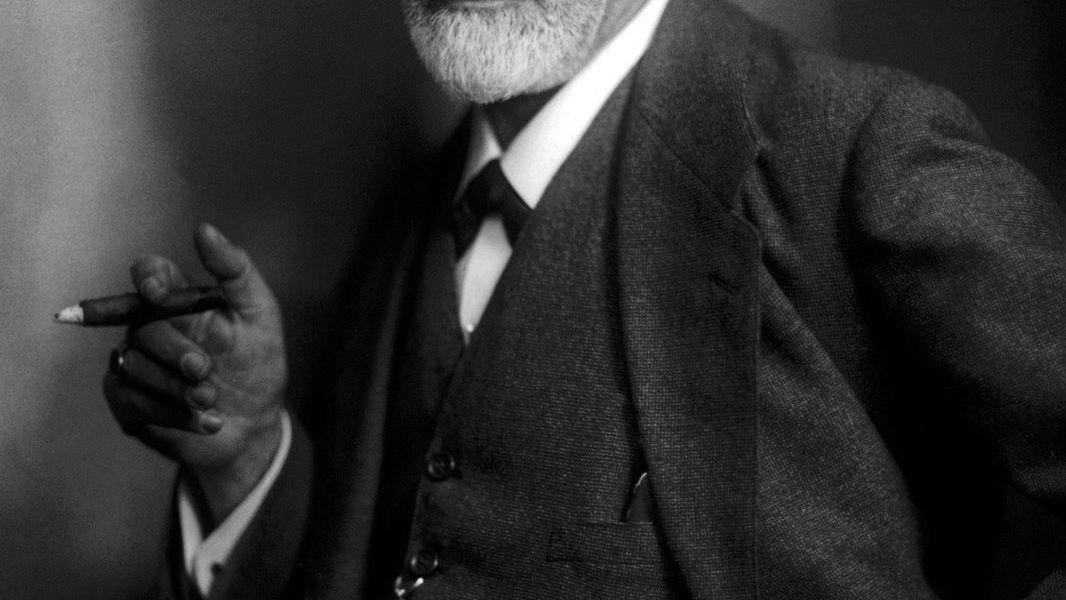 Sigmund Freuds kone tok tannpastaen på tannbørsten for ham så han kunne egne seg fullt og helt til arbeidet.