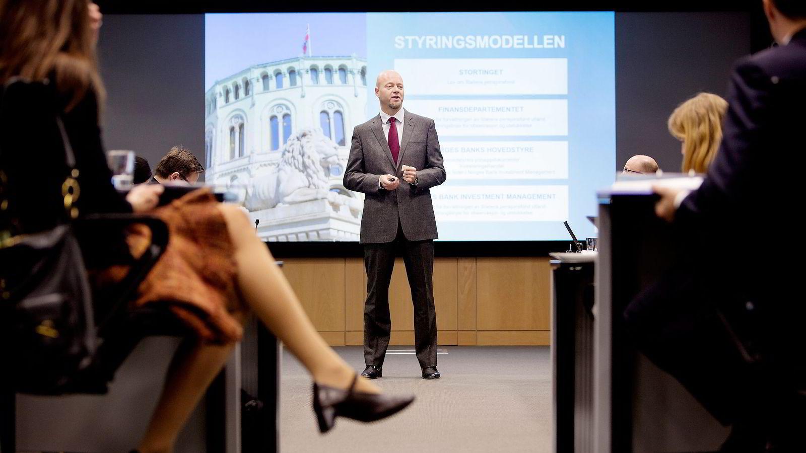Yngve Slyngstad, sjef i Oljefondet ønsker ikke å dele med offentligheten hvilke selskaper fondet har solgt seg ut av.                Foto: