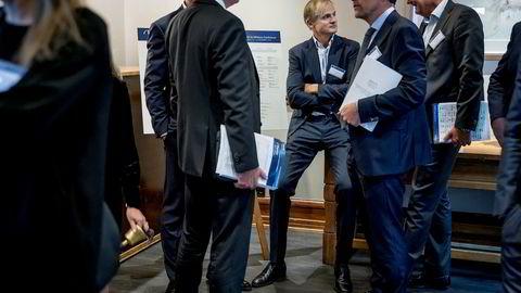 Investor Øystein Stray Spetalen brukte mye av tiden på Pareto-konferansen forrige uke i hjørnet utenfor hovedsalen. Han fikk sjelden sitte alene.