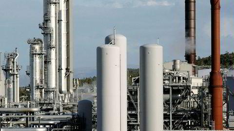 Statoil's gasskraftanlegg Tjeldbergodden mellom Trondheim og Kristiansund Tankbil - naturgass - anlegg - gass - 10.10.2006 ---