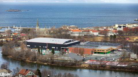 Trondheim Spektrum er en gruppe flerbrukshaller på Øya i Trondheim. Nå blir utbyggingen gransket av Esa.