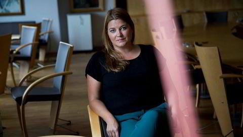 Stortingsrepresentant Cecilie Myrseth (Ap) er uenig med næringsminister Torbjørn Røe Isaksen i debatten om styrehonorarer.
