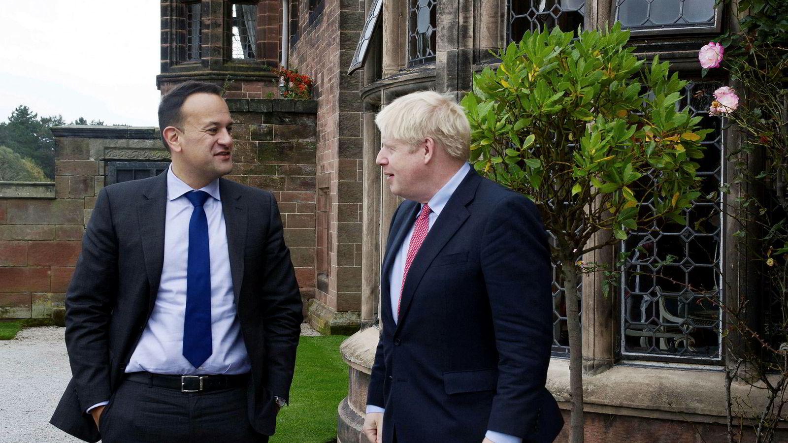 Den britiske statsministeren Boris Johnson og Irlands Leo Varadkar ser «en vei til en brexit-avtale» før neste ukes EU-toppmøte.
