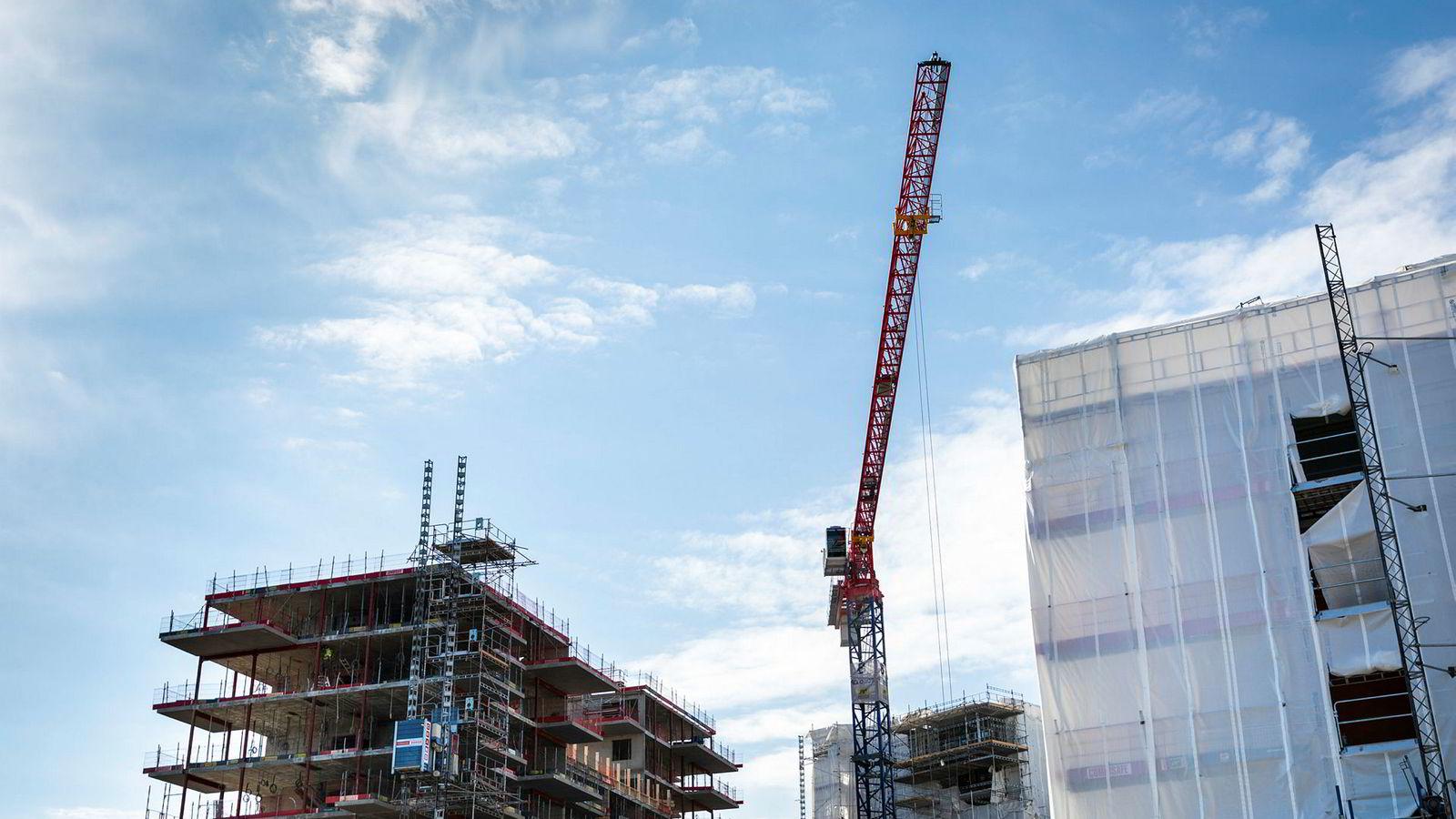 Etter svakt nyboligsalg i 2017 og 2018, er tendensen i Norge stor nedgang i igangsetting av boligbygging, viser rapporten Econ Nye Boliger fra Samfunnsøkonomisk analyse.