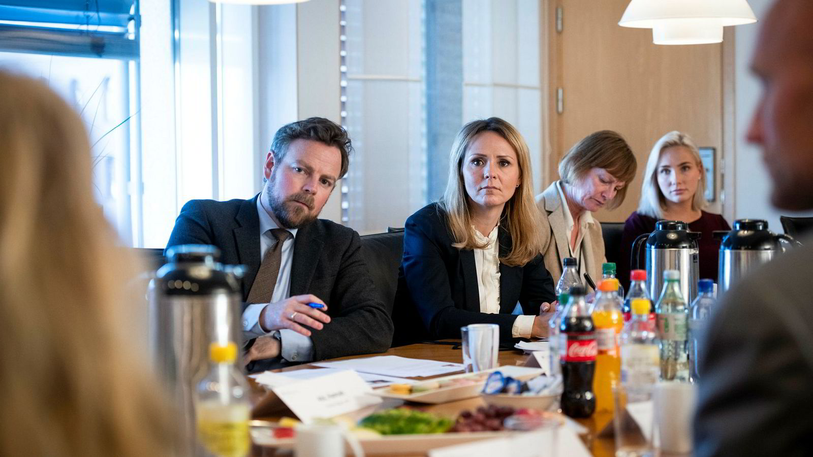 Næringsminister Torbjørn Røe Isaksen og likestillingsminister Linda Hofstad Helleland møtte rekrutteringsbransjen mandag.