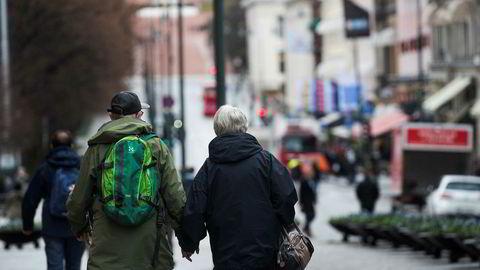 Regjeringen Solberg vil egentlig ikke innfri kravet om å gi pensjon fra første krone, skriver artikkelforfatteren.