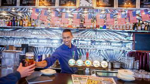 Nicolai Lars Söderberg har jobbet for Petter Stordalens pizzarestaurant og for gourmetkokk Ole Jonny Eikefjord. Nå skal han få fart på The Nighthawk Diner på Grünerløkka i Oslo.