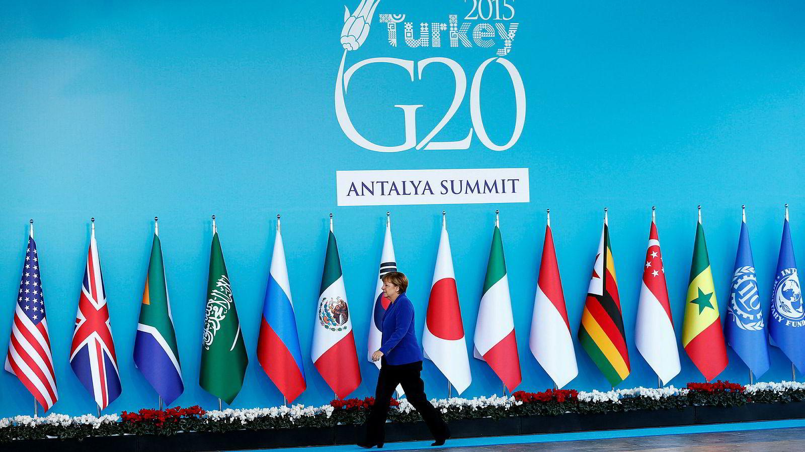 Forbundskansler Merkel har nemlig invitert Norge og Nederland inn i G20 som observatører, skriver artikkelforfatteren.