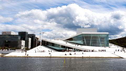 Snøhetta har blant annet tegnet Den Norske Opera og Ballett i Bjørvika i Oslo. Foto: Per Ståle Bugjerde