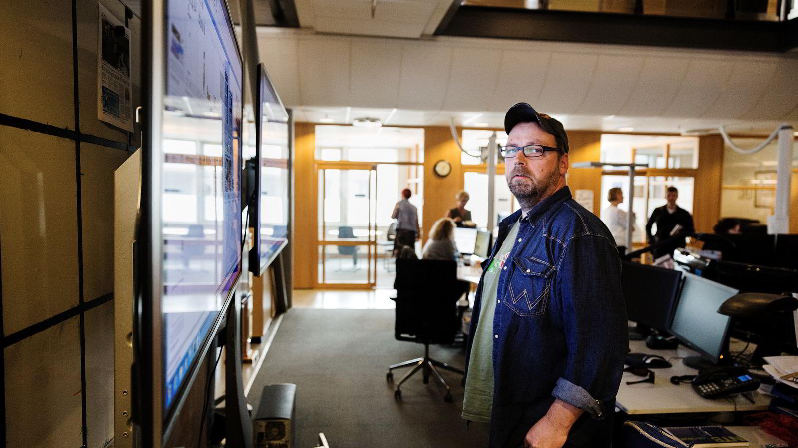 STØRRE KUTT. Klubbleder Arild R. Hansen i Drammens Tidende viser til at mange stillinger står ubesatt. Foto: Per Thrana.