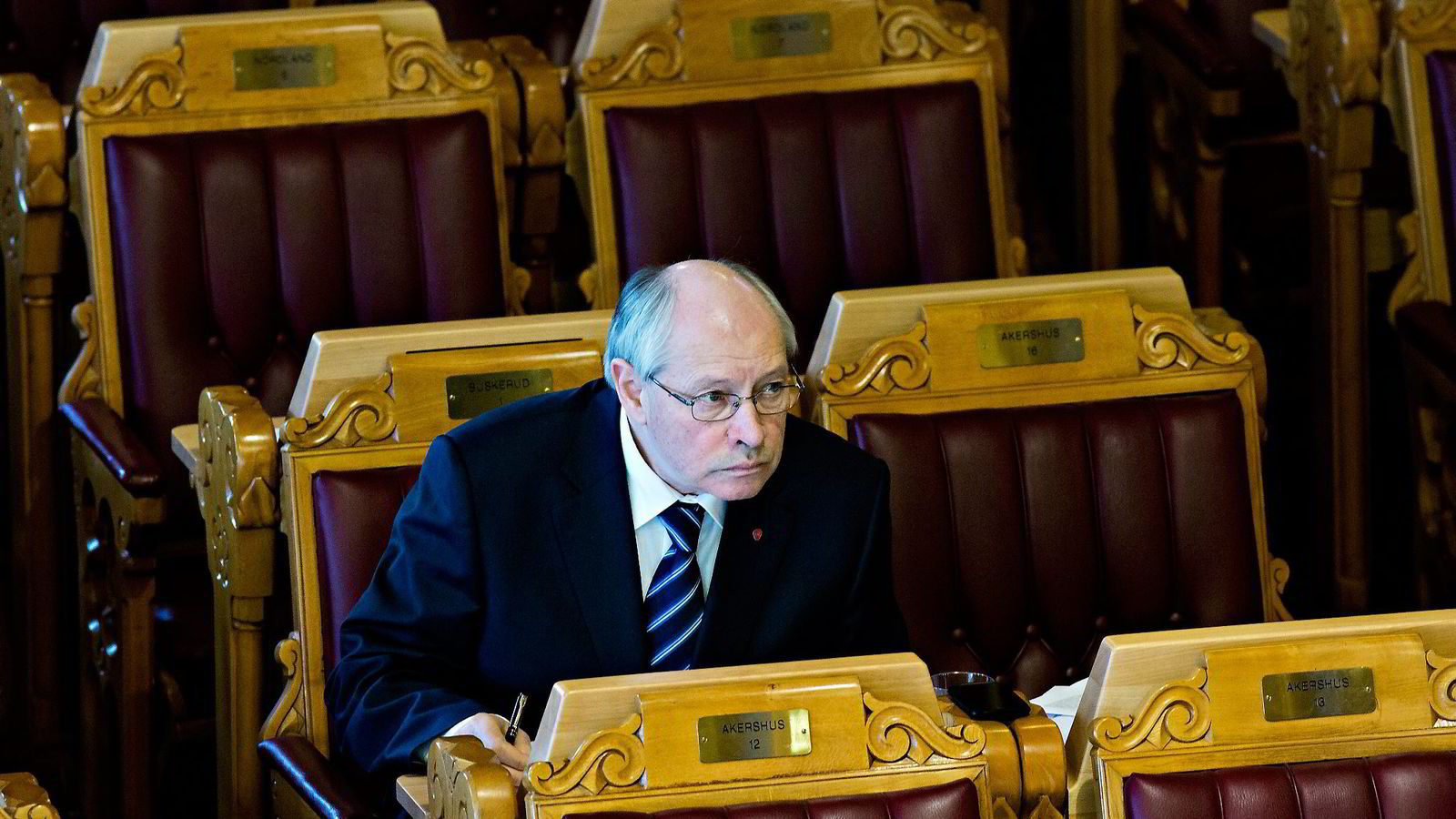 Martin Kolberg, som leder kontroll- og konstitusjonskomiteen reagerer på påstandene om at Telenor-deleide Vimpelcom har betalt 600 millioner kroner til et postkasseselskap i Gibraltar, og vil innkalle næringsministeren. Foto: