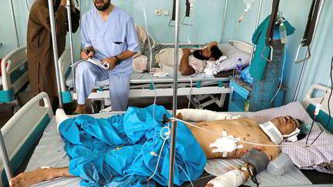 Ofrene etter krigen i Afghanistan lengter etter at det internasjonale samfunnet skal høre deres lidelser. Her fra et sykehus i Kabul, hvor en mann er skadet etter en eksplosjon under et bryllup i 2019.