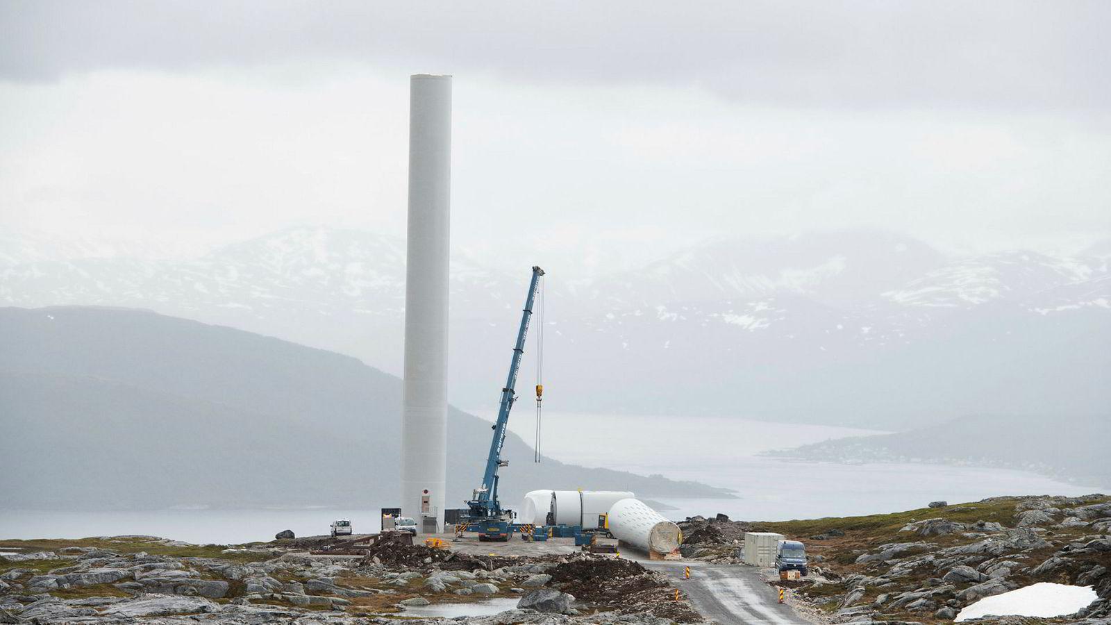 Utbygging av Nordlys Vindpark på Kvaløya i Tromsø kommune rett ved ferieparadiset Sommarøy.