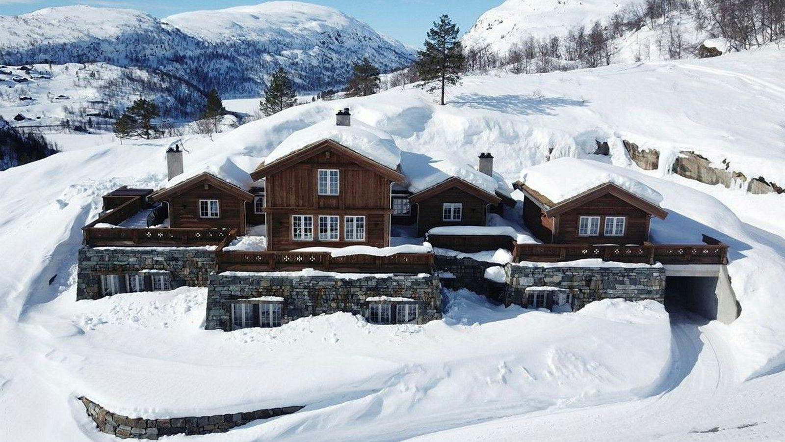 Denne hytta i Sirdal er til salgs for 19 millioner kroner.