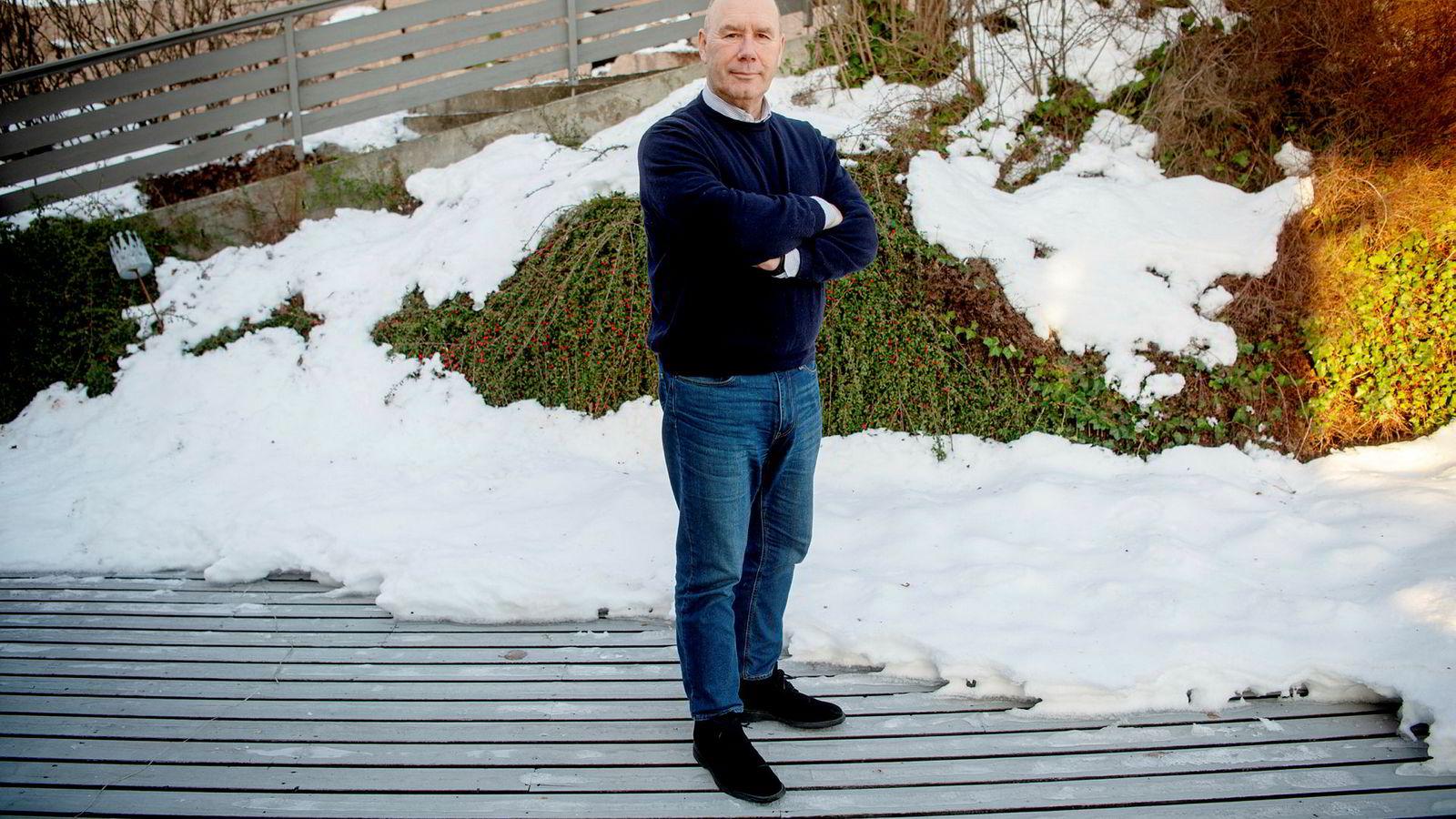 Tor W. Andreassen, professor ved NHH, mener det er hard konkurranse mellom bankene for å nå og beholde unge kunder.