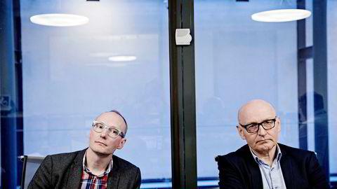 Rune Røsten (til venstre) leder Schibsteds investeringsprogram mot gründere, Schibsted Vekst. Til høyre sitter Røstens sjef, konsernsjef Didrik Munch i Schibsted Norge.