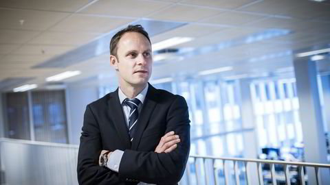 Valutastrateg Magne Østnor i DNB Markets oppsummerer valutaåret 2015. Foto: Skjalg Bøhmer Vold