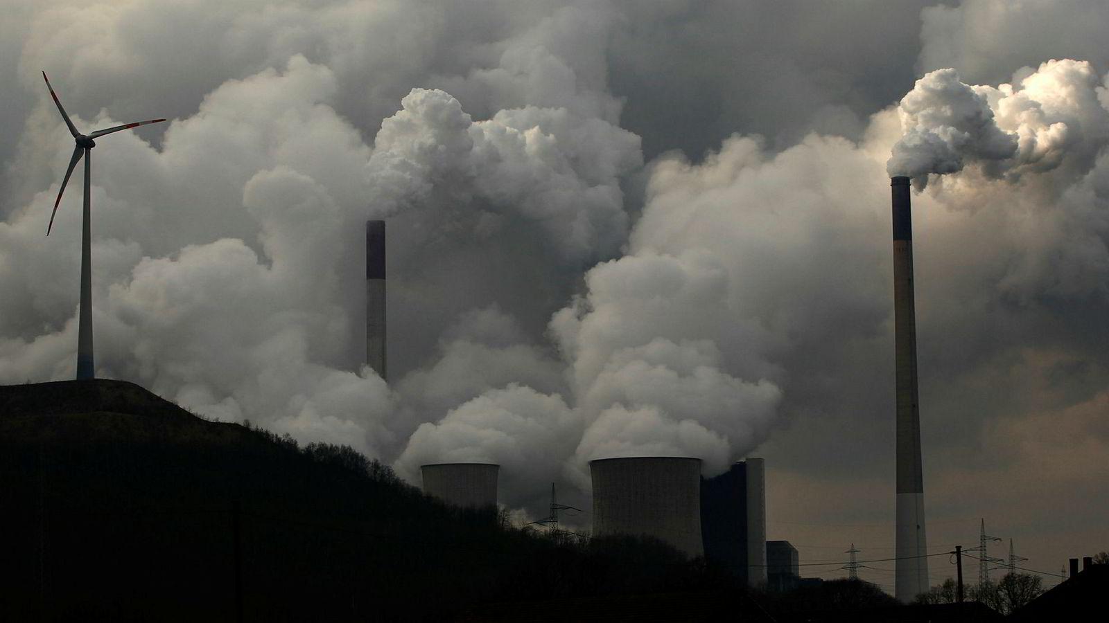Mørke skyer henger over tysk industri, og de ser ikke ut til å blåse vekk med det første.