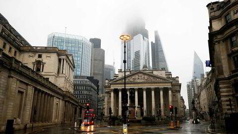 Burde andre byer egentlig prøve å overgå London og bli nye globale finanssentre? Vet de hva som er gunstig for dem selv og for resten av landets økonomi? Her Storbritannias sentralbank.