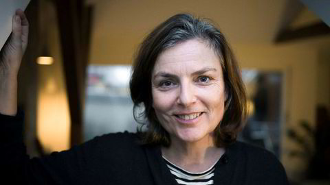 Doktor Manus. Mette Bølstad har skrevet manuset til den nye «Sonja Henie»-filmen og til serien «Lykkeland», som hun vant manuspris for i Cannes.