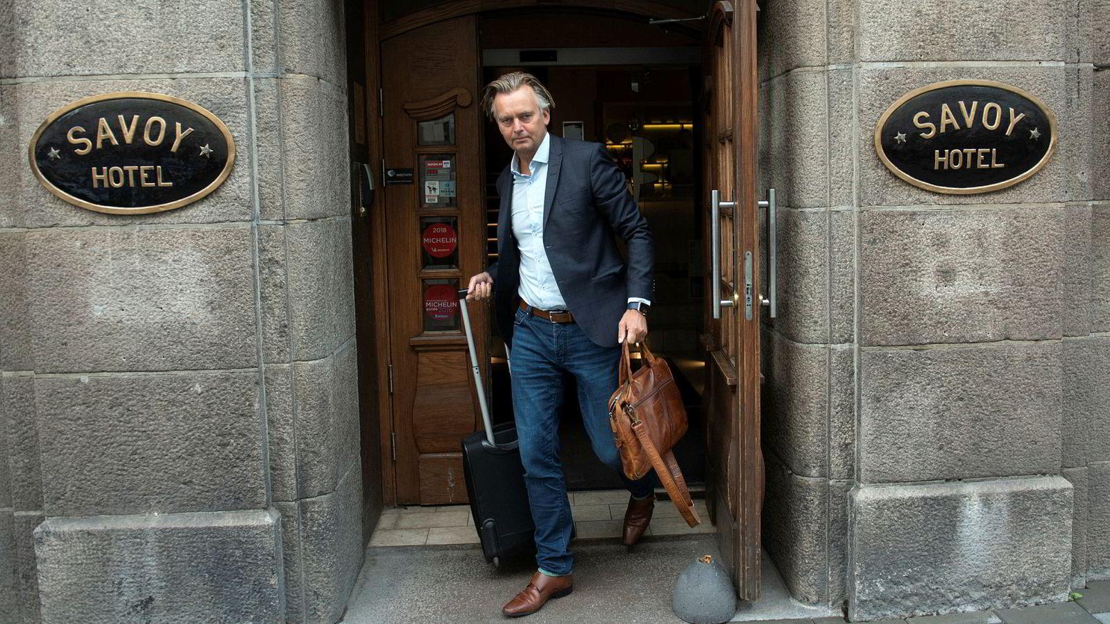 – Selvfølgelig har vi fått mange sterke reaksjoner når vi utfordrer bransjen på denne måten ved å kutte prisene, sier Magnar Øyhovden, administrerende direktør i Sbanken.