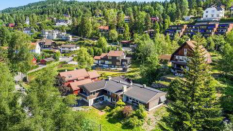 Eneboligen på Vettakollen i Oslo har hatt lekkasjer som har ført til store skader innvendig.