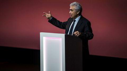 Fatih Birol, sjef i Det internasjonale energibyrået IEA, går i rette med dem som tror at elektriske biler vil få en slutt på oljeetterspørselen.