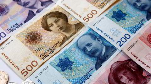PENGER SPART. Over halvparten av befolkningen får hvert år igjen penger på skatten. Foto: Gorm Kallestad  / SCANPIX .