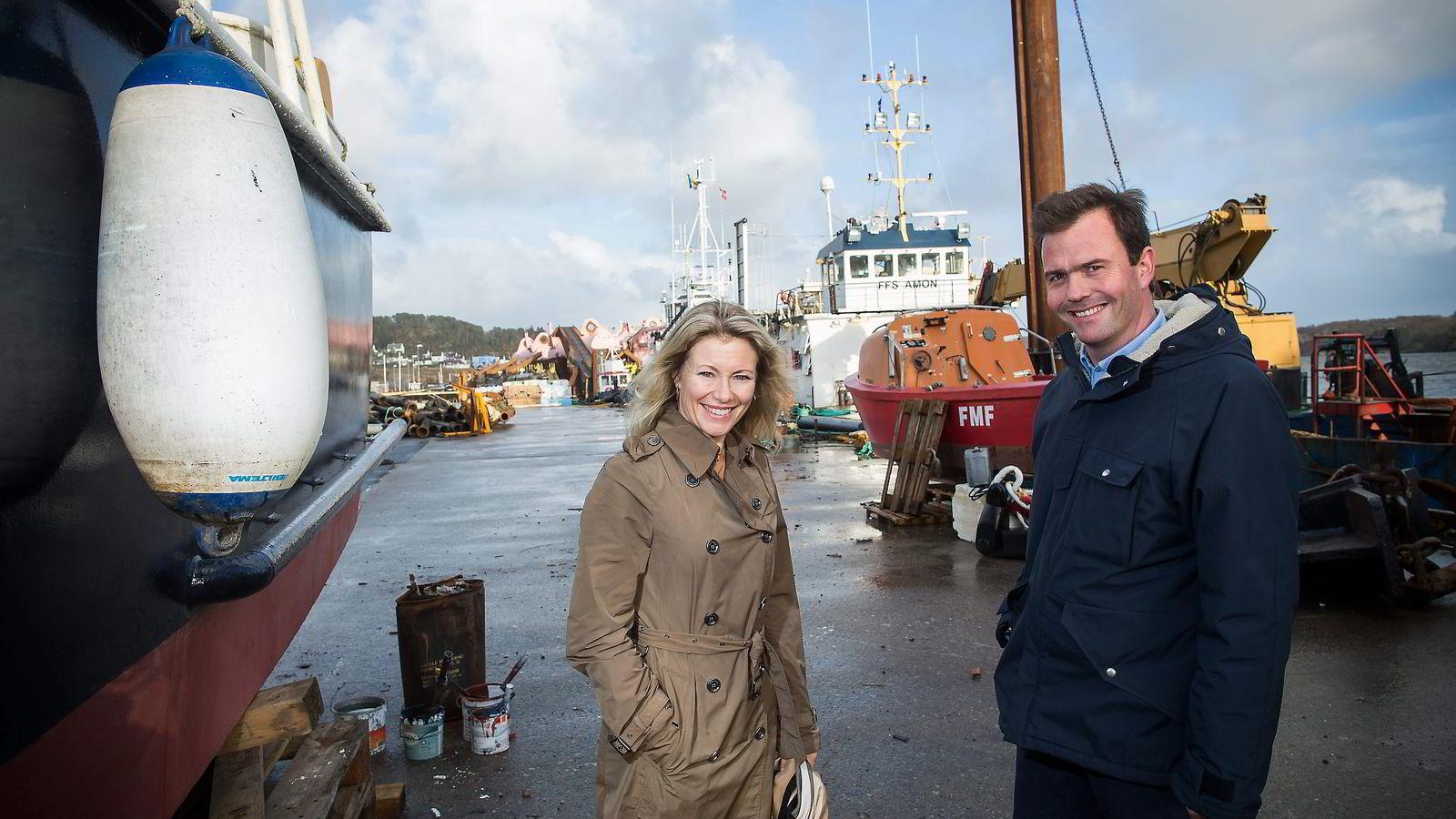 Zero-leder Marius Holm er uenig med andre miljøorganisasjoner om havvindprosjektet på Siragrunnen. Her sammen med Siri Kalvig, som også støtter prosjektet. Foto: Sondre Steen Holvik