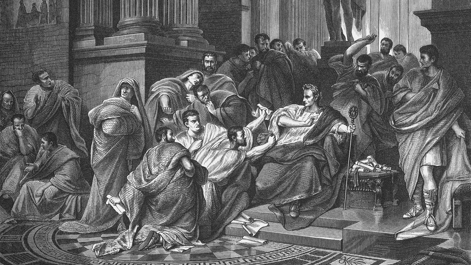 Julius Cæsar skaper den sterkeste organisasjonen antikken har sett. Han lar aldri organisasjonen stivne. Hele tiden presser han til nye prestasjoner. Organisasjonen er fleksibel til å mestre utallige utfordringer. Den er rask til beslutninger og enda raskere i gjennomføring, skriver artikkelforfatteren. Her portretteres Julius Cæsars død i en tregravering (1865) av den tyske kunstneren Carl Theodor von Piloty (1826-1886).
