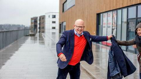 Administrerende direktør Baard Schumann i Selvaag Eiendom. Her på Fornebu senter, nabo til giganttomten selskapet sikret seg før årsskiftet 2016.