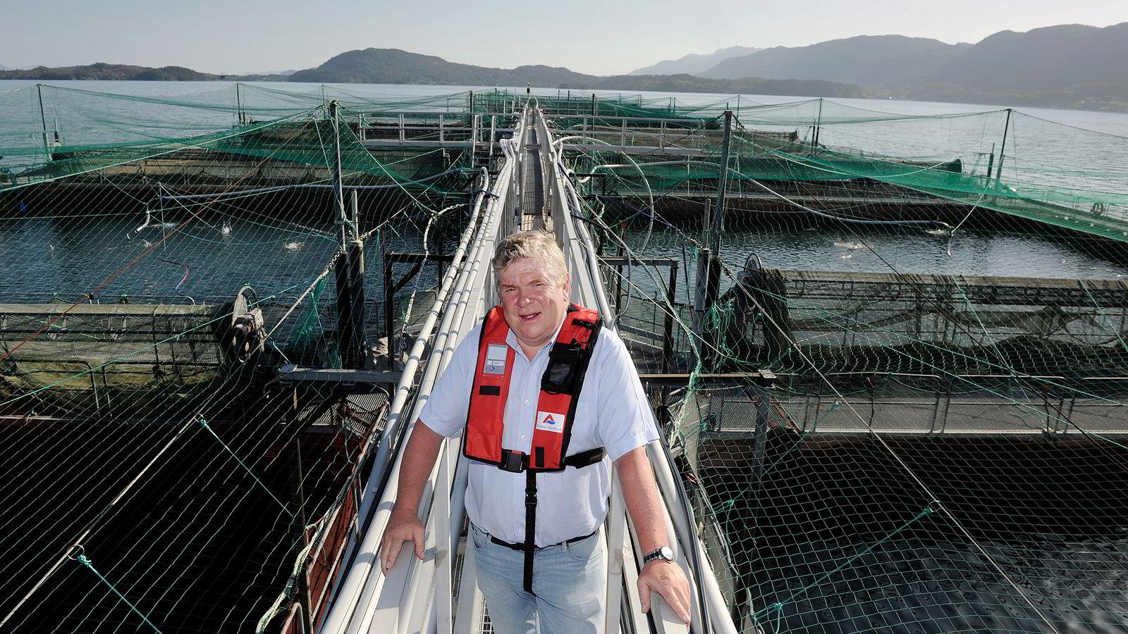 Ewos-sjef Einar Wathne sier selskapet kun bruker sertifiserte soyaprodusenter. Foto: