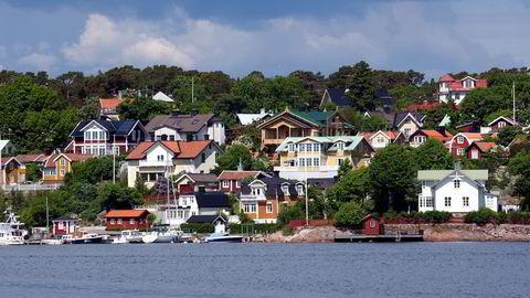 NEDGANG. Salget av fritidshus i Sverige har rast med 40 prosent i løpet av første halvår, ifølge SvenskMäklarstatistik.   Illustrasjonsbilde fra Stockholm-skjærgården. FOTO: Lars Pehrsson / SvD / TT